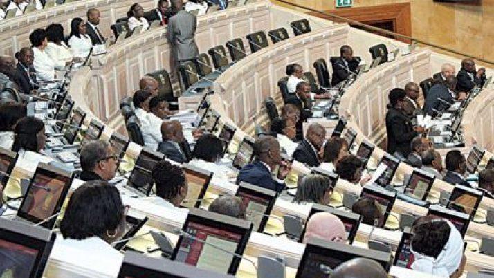 Lei das Privatizações reduz peso do Estado na economia